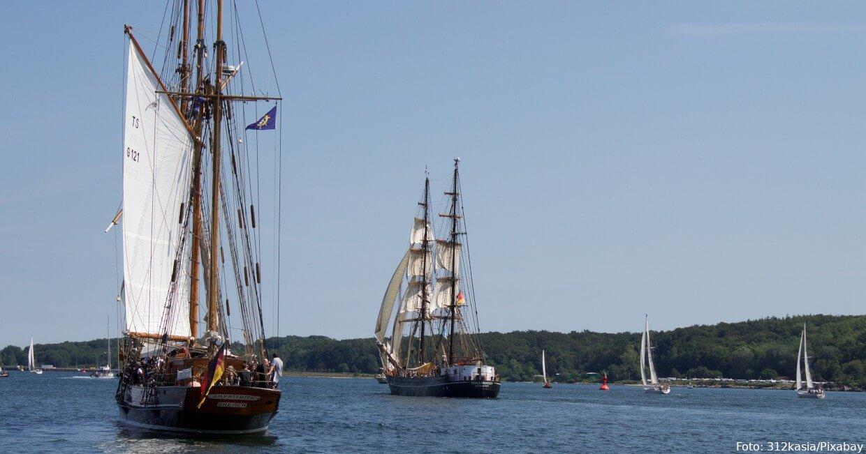 Segelmaster auf der Kieler Förde