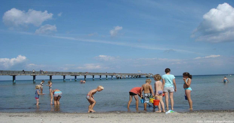An der Seebrücke von Boltenhagen